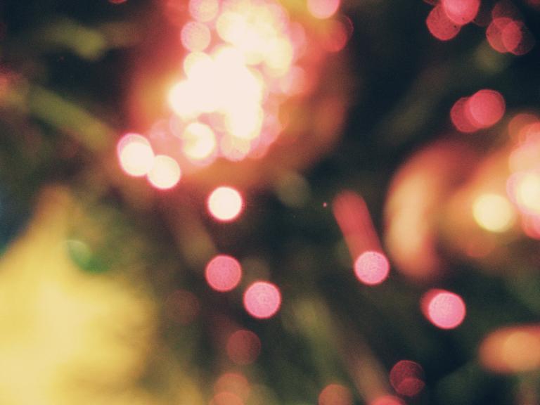Christmas Lights 2 by xalatarielx