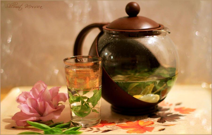 Herbal tea with lemon by ShlomitMessica