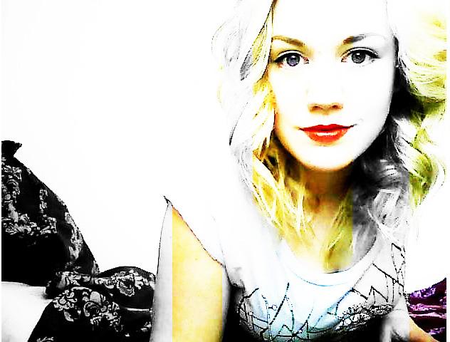 Eleihna's Profile Picture