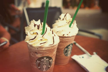 Starbucks addict by Saay-cheese
