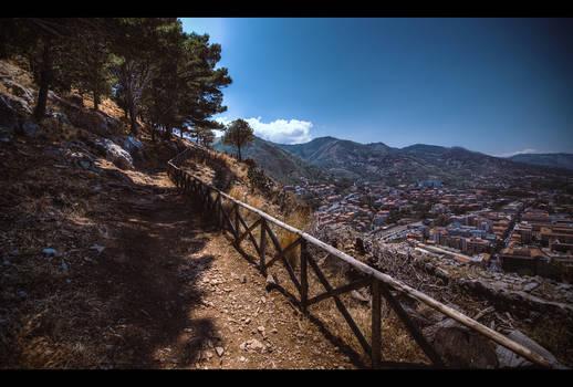 Climbing La Rocca
