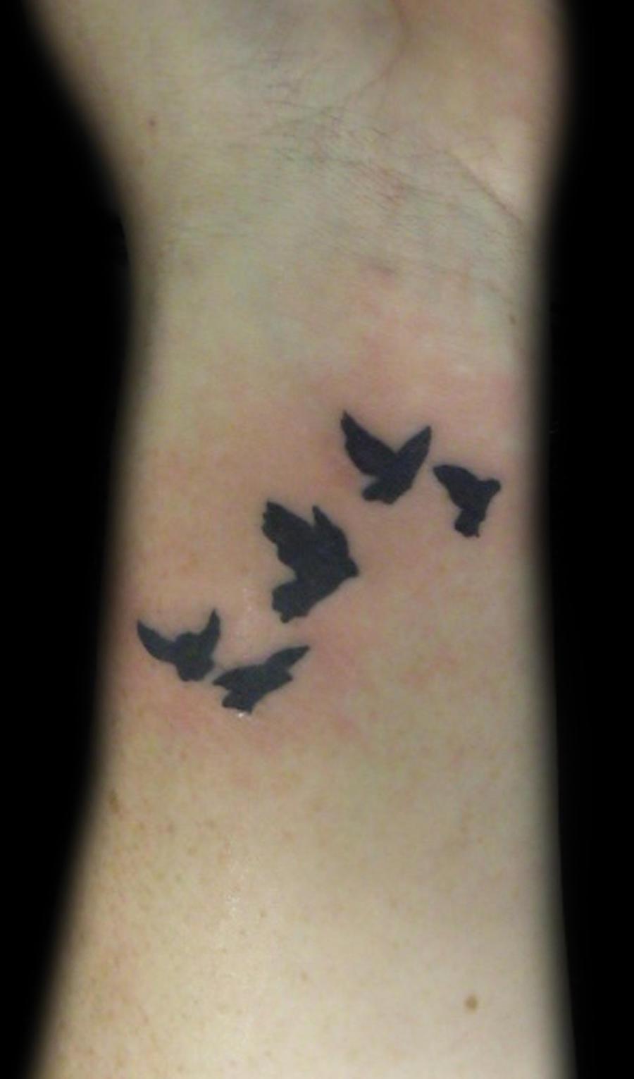 Wrist birds by nailzvandiggele on deviantart for Bird tattoos on wrist