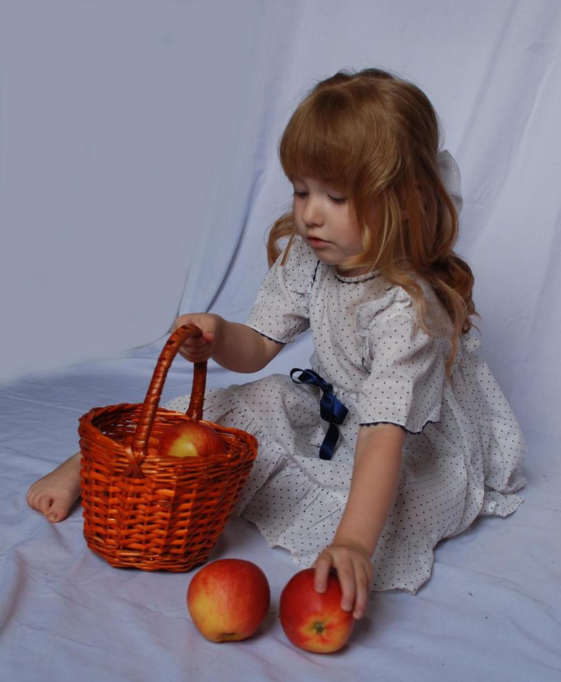 The apples_17 by anastasiya-landa