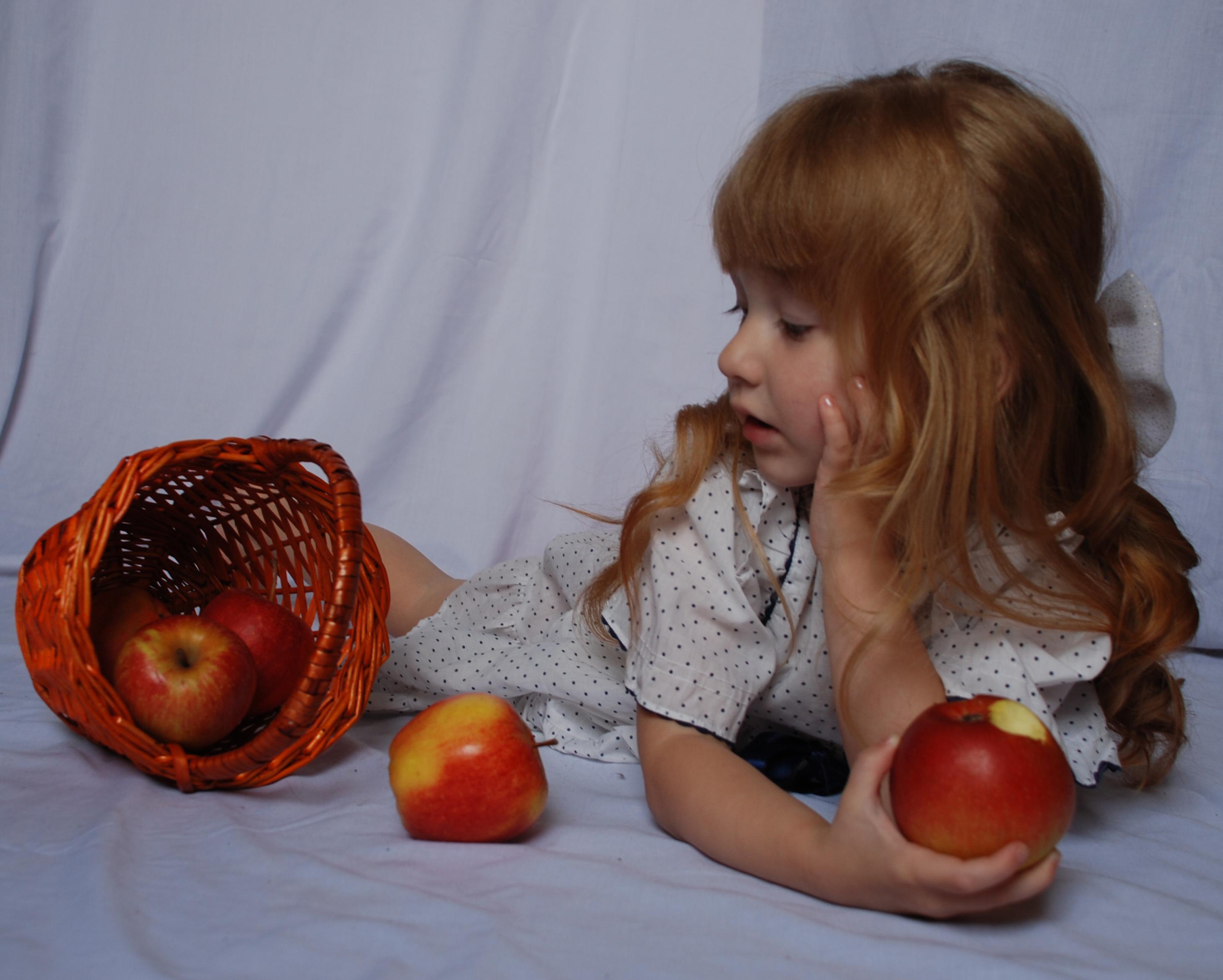 The apples_21 by anastasiya-landa