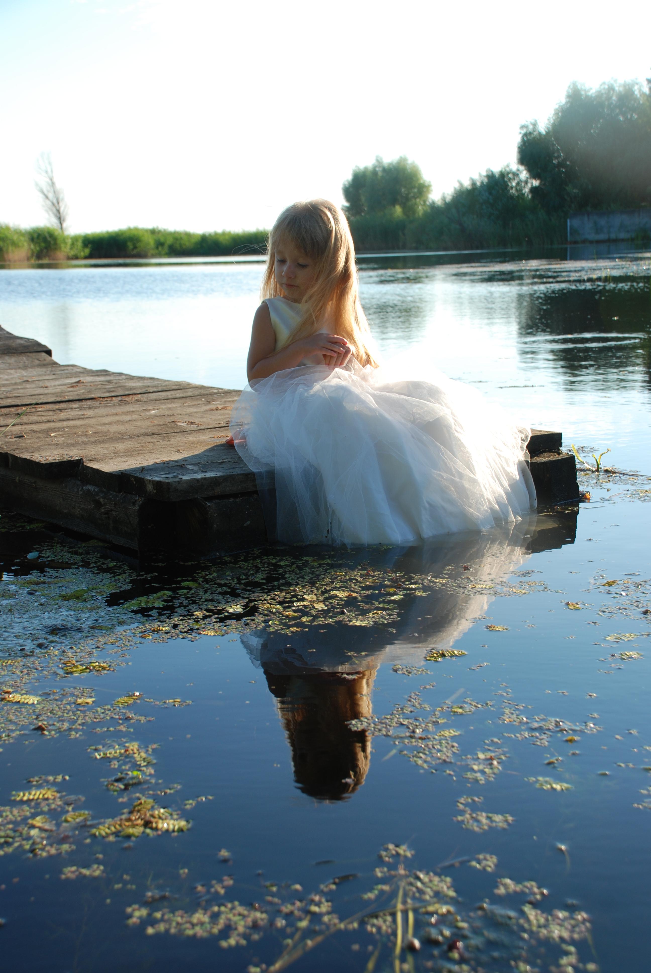 In the water_68 by anastasiya-landa