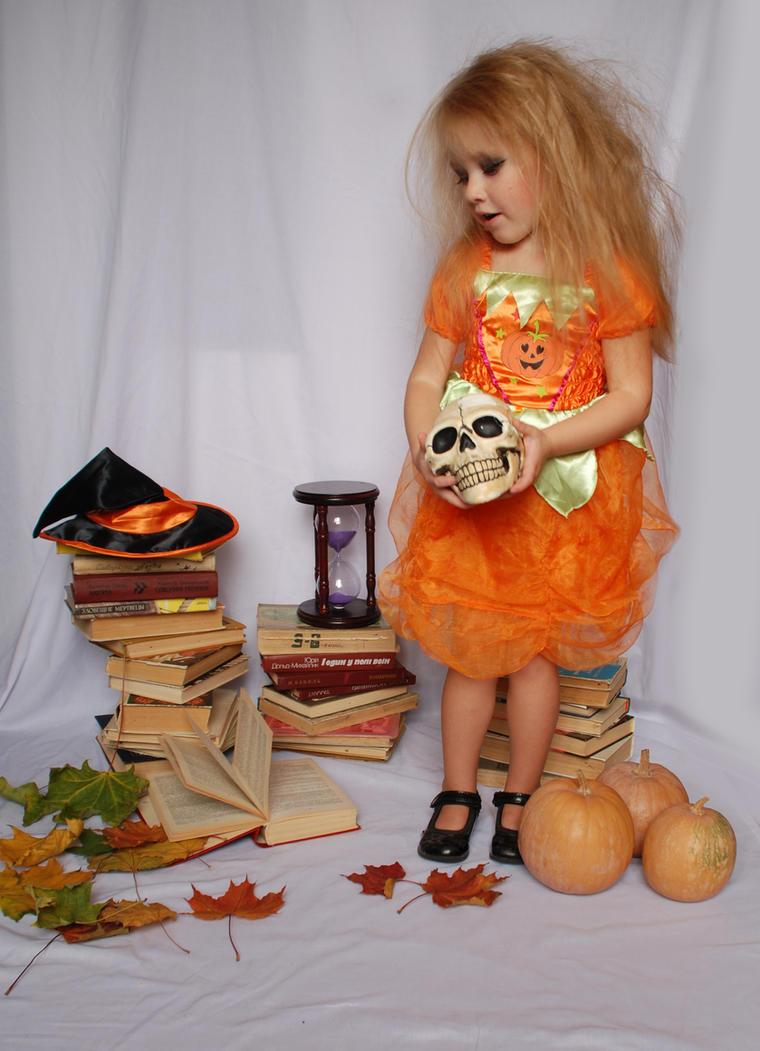 Halloween_96 by anastasiya-landa