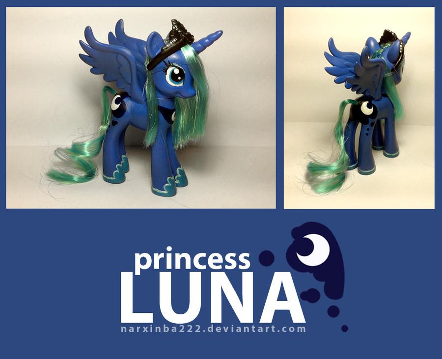 Season 1 Luna by Narxinba222