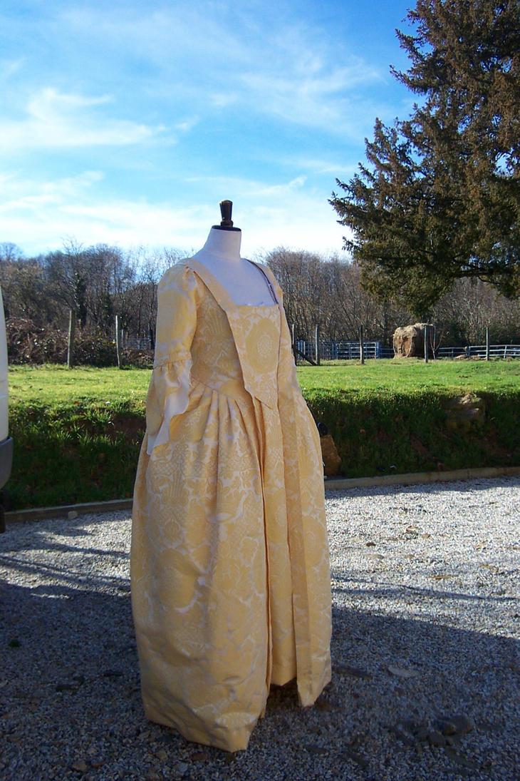 Mantua 1740-50 Finished by Janes-Wardrobe