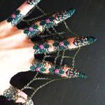 Chain webben claws