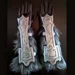 Skyrim - Nordic carved gauntlets