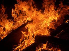 Flames by rumpelstilzchen