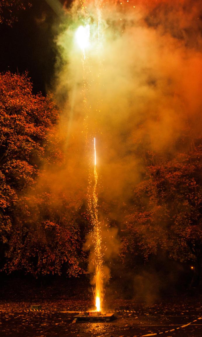 Fireworks display Bonfire Night 2015 2 by TazPoltorak