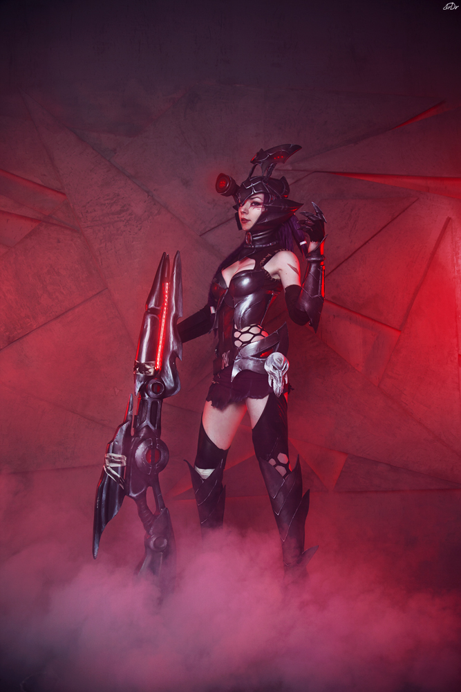 League of Legends Caitlyn by RianaG