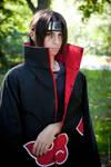 Cold Steel Eyes: Itachi Uchiha Cosplay