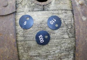 Garderobenmarken Holz