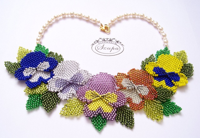 Pansies necklace by jszupa