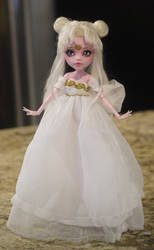Neo Queen Serenity Monster High Faceup