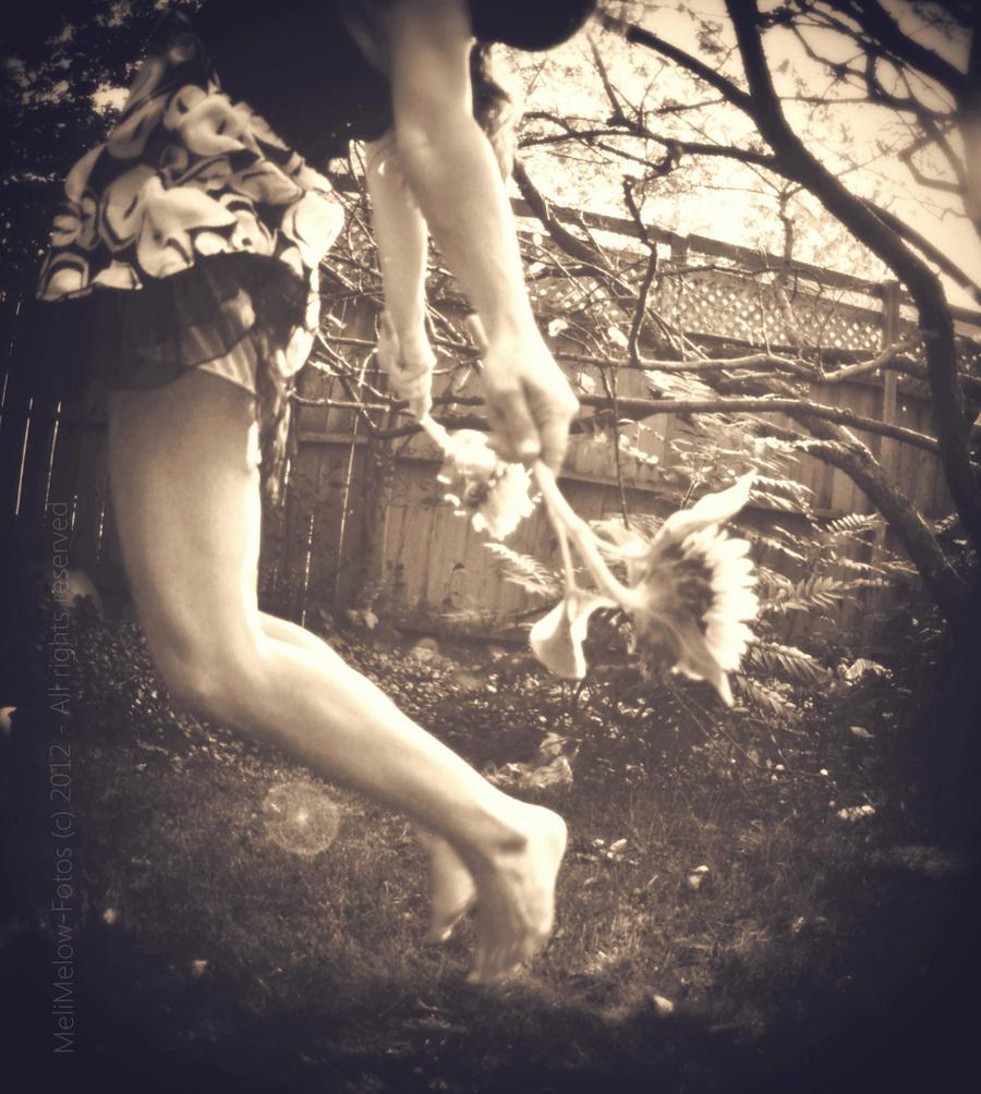 L'abandon by BeautifulDisasterIam