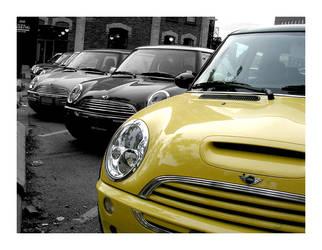 Yellow Mini by michael1981