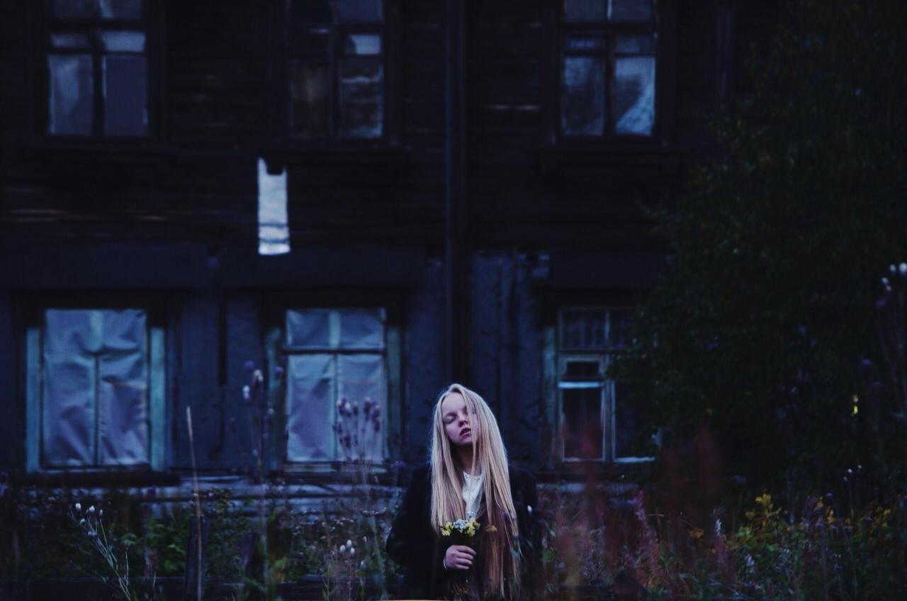 emptiness by Lerka-Fapfap
