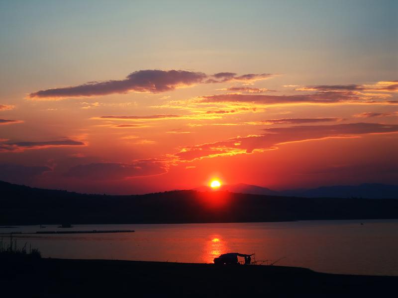 Sunset IV by Kravu