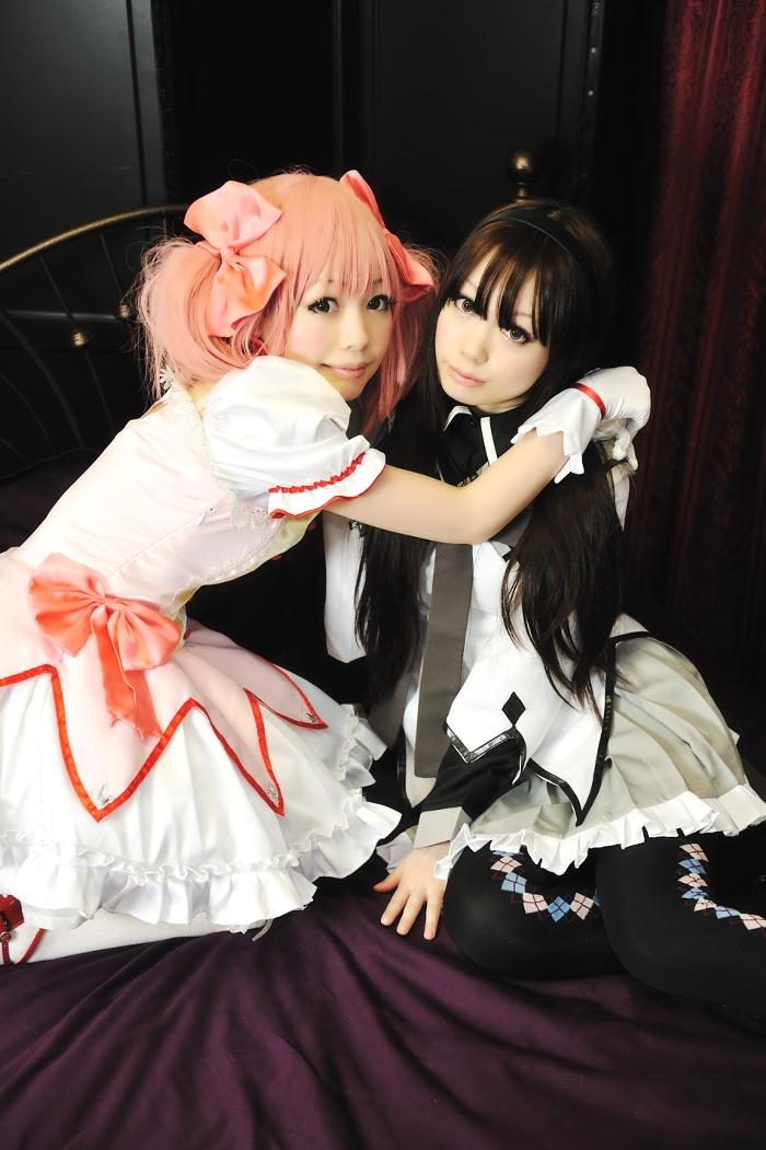 Madoka and Homura cosplay #1 by Shiizuku