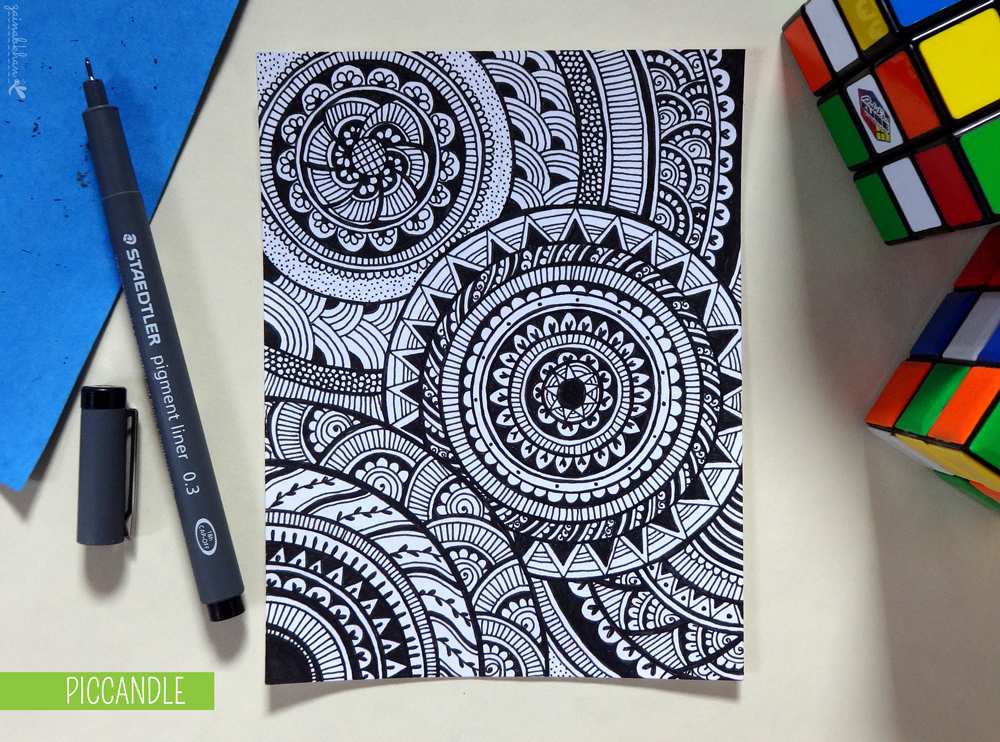 Doodle - Circular Pattern Design by PicCandleSimple Doodle Art Designs