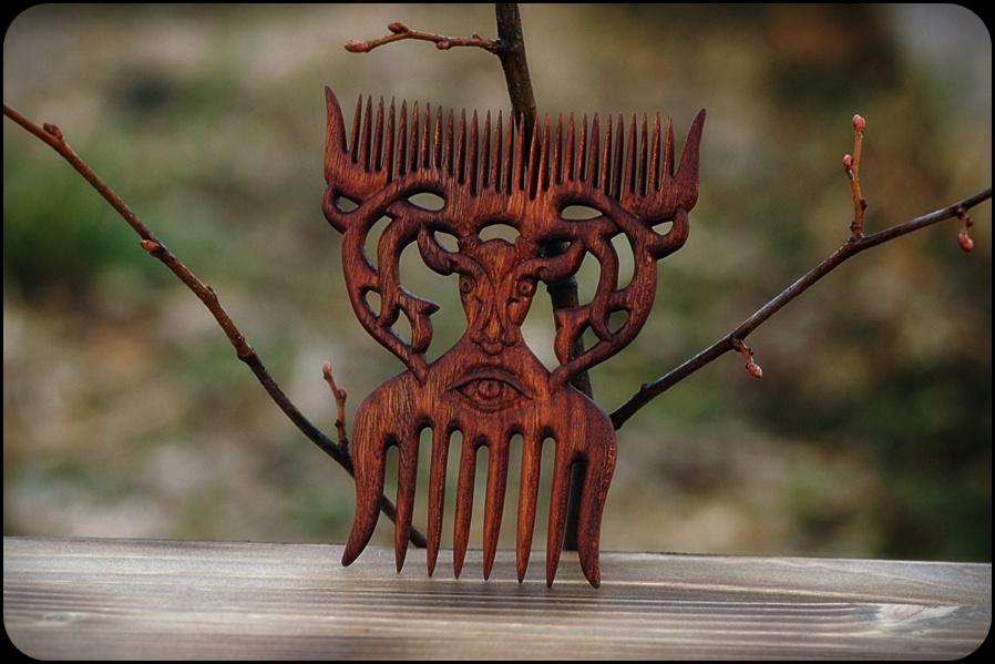 Deer [haircomb] by pagan-art