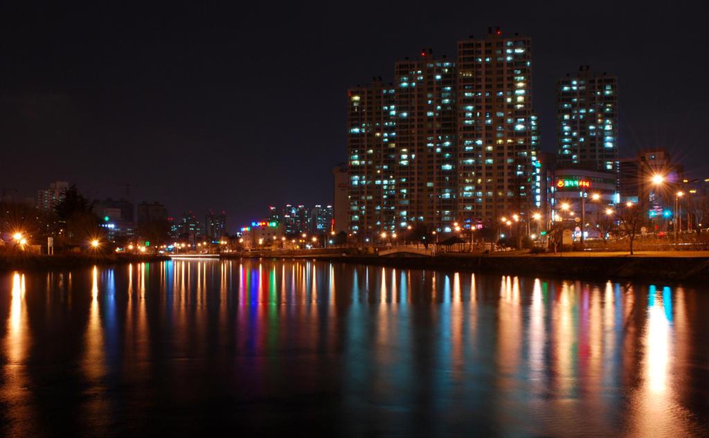 Reflection of Daegu by SoCallMeNothing