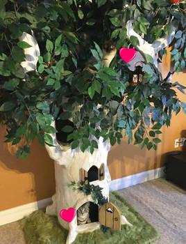 Beautiful Cat Trees - www.aHiddenhollow.com