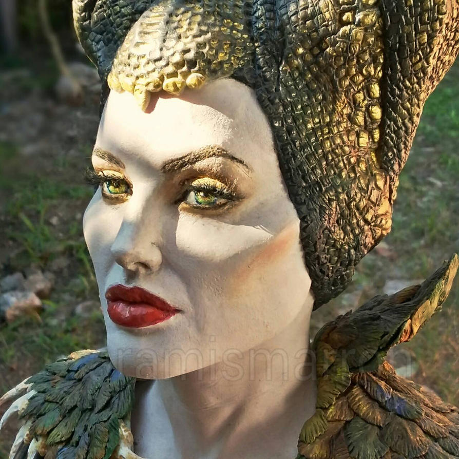 queen of moors by aramismarron