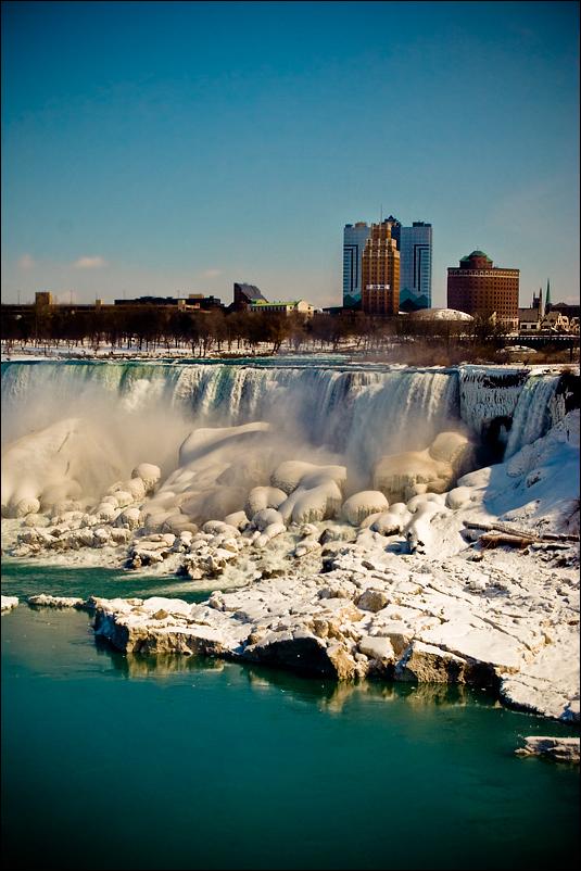Icey_Falls_by_bubbabyte.jpg