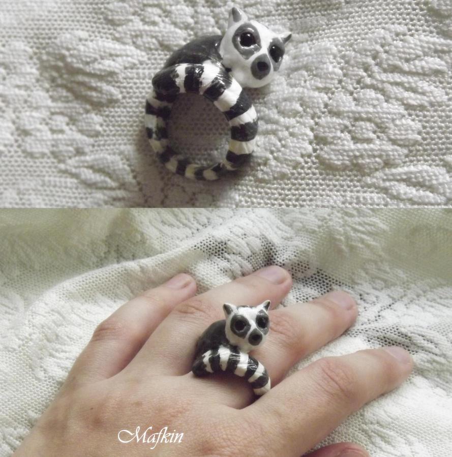 ring lemur by Mafkin
