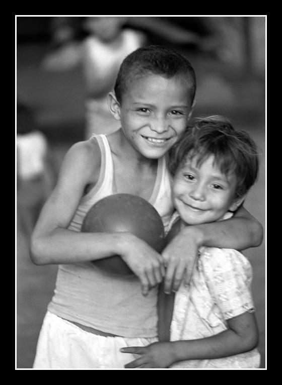 danielito and Eduardo - BW