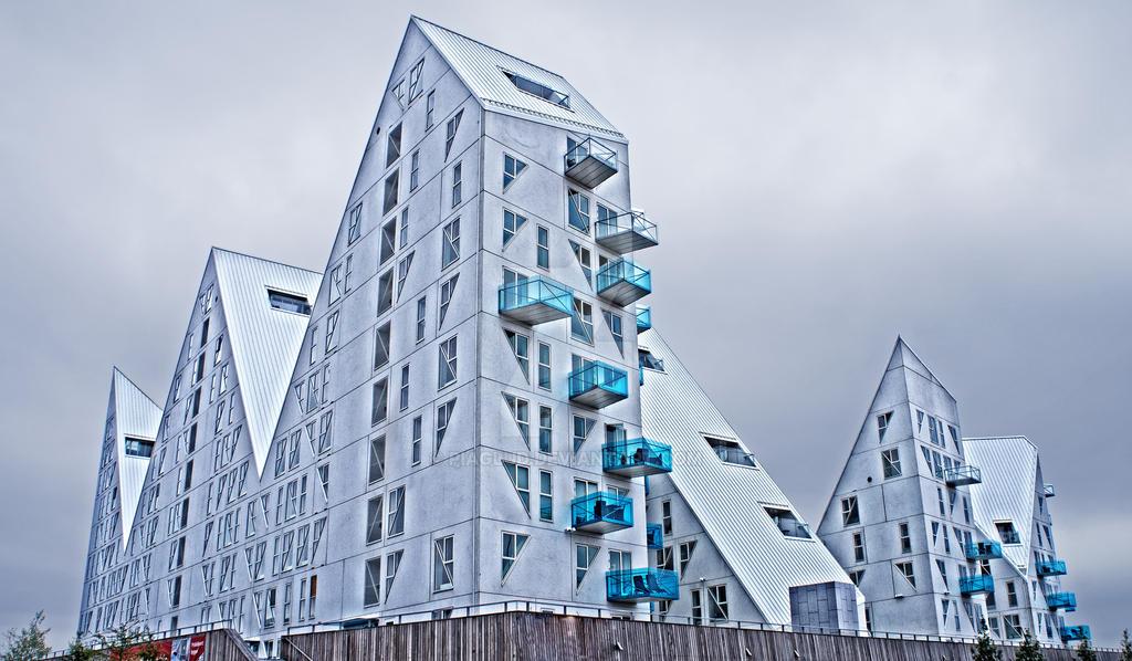 Isbjerget in Aarhus. by piaglud