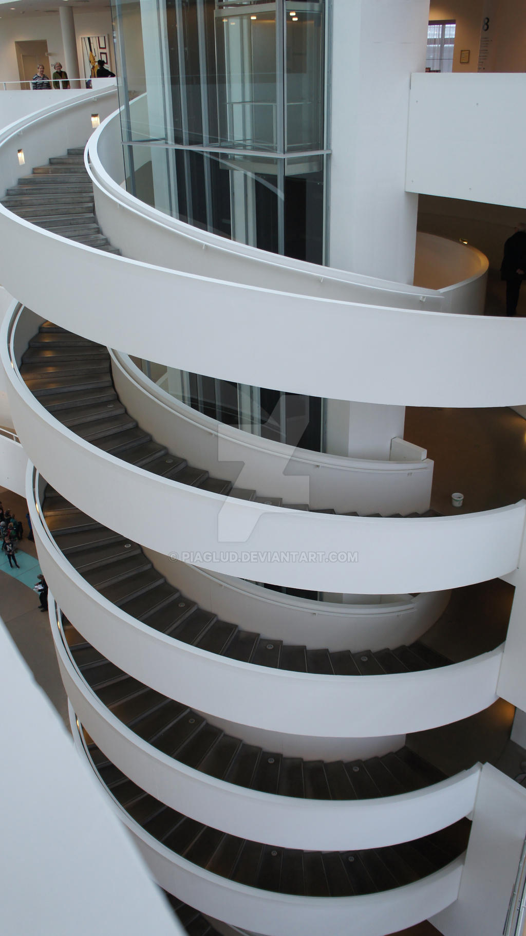 circular staircase by piaglud