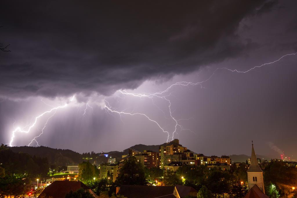velenje chat sites Velenje, slovenia: now plue 25: lexington, kentucky: now substephanie4cox 41: cleveland, ohio: now jessical4788 28: bangor, california: now marysoo 19: massachusetts.