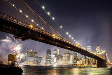 Fireworks by Brooklyn Bridge by NEOkeitaro