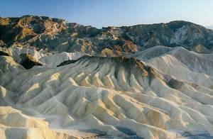 The Sand and the Tiramisu by NEOkeitaro