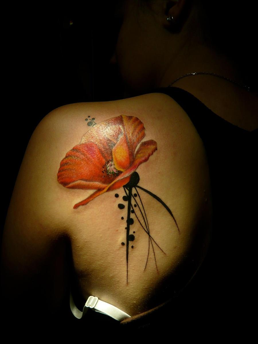 Poppy by ManuManuTattoo