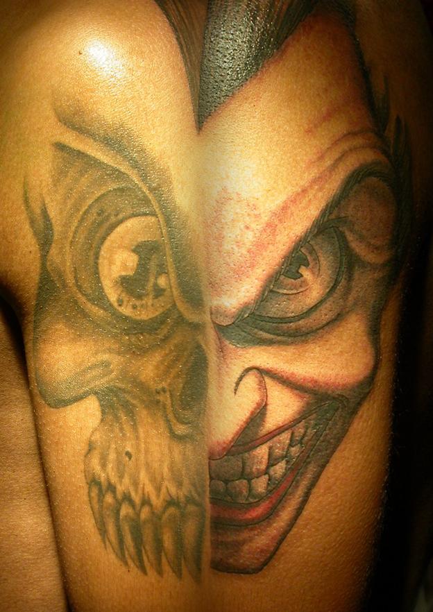 skull and joker by ManuManuTattoo