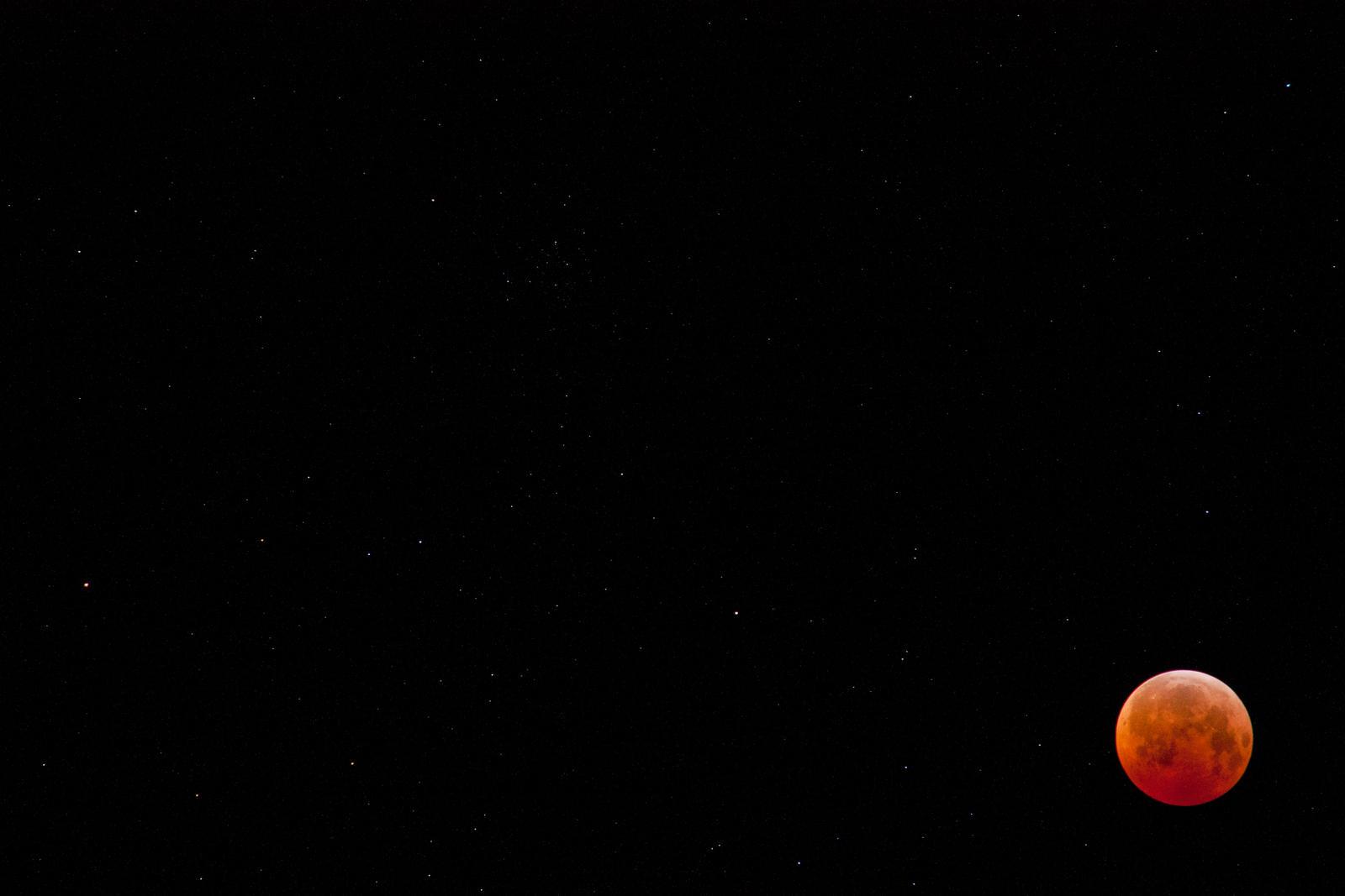 Lunar Eclipse by 4everN3rdy