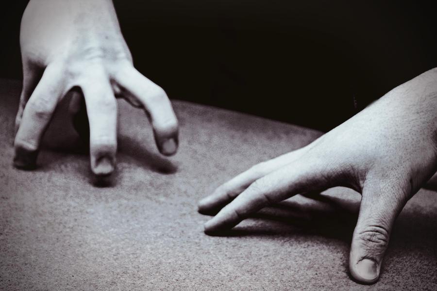 hand wars. by ryussei23