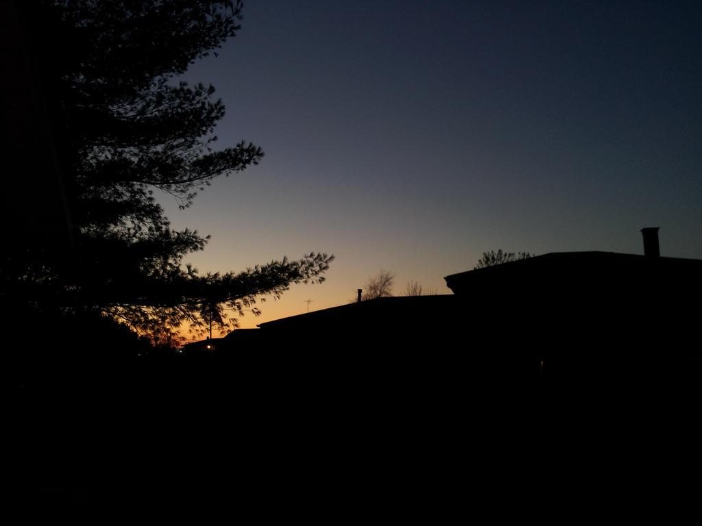 Dark twilight by ManhattonOctoberfest