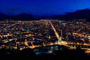 Sun finaly setted down on Grenoble by silk38