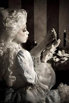 Marie Antoinette- Vanity