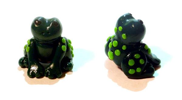 Green Frog by Werebunny