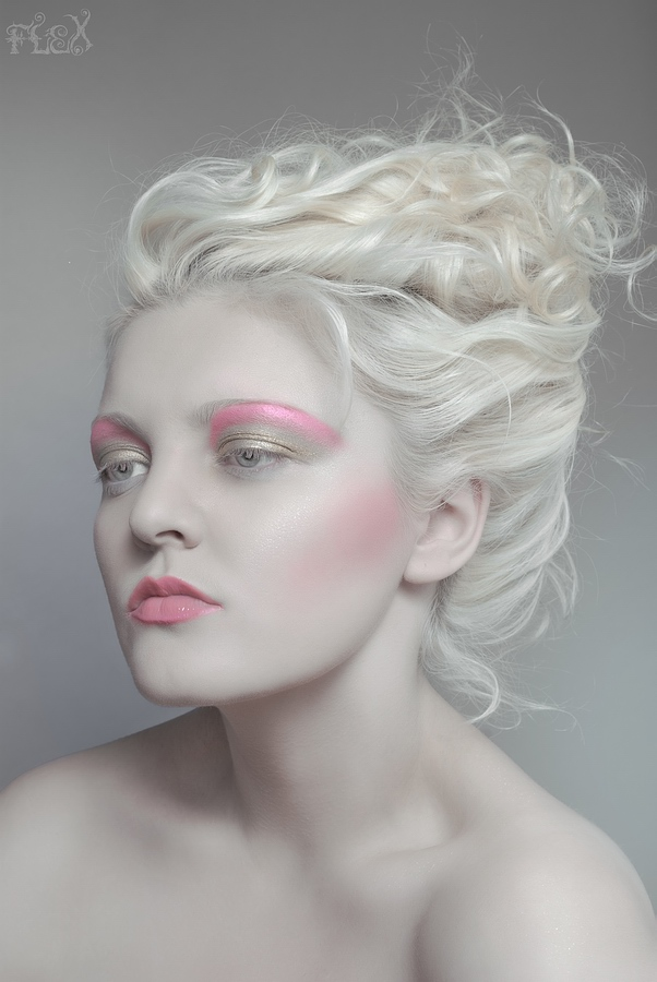 Pink Stone by FlexDreams