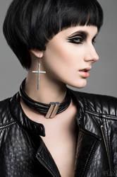 Metal Leather Beauty Anastasia