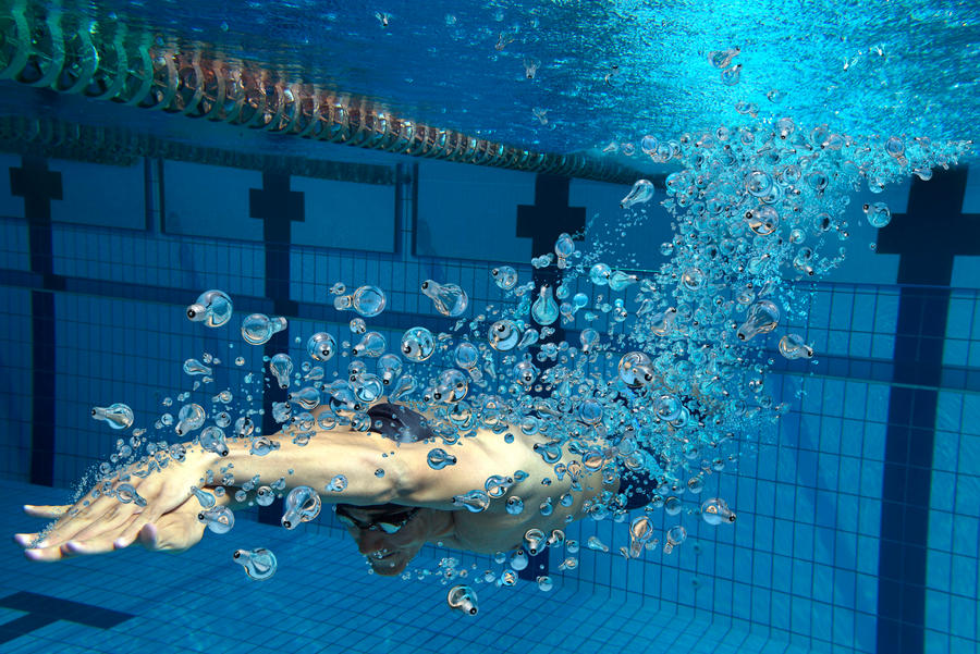 Swimmer by leovilela